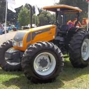 VALTRA A990